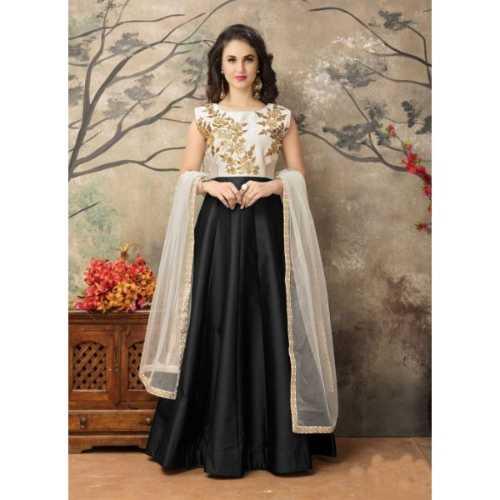 Incredible luxury Salwar Kameez in Black & Silk Fabric