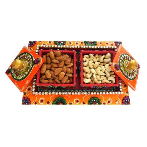 Vertical Dry fruits box with Dry Fruits 300 gms - Singapore only