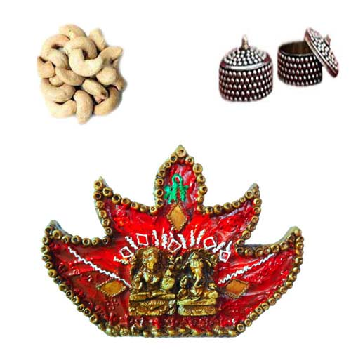 Wall Hanging & Dry Fruits