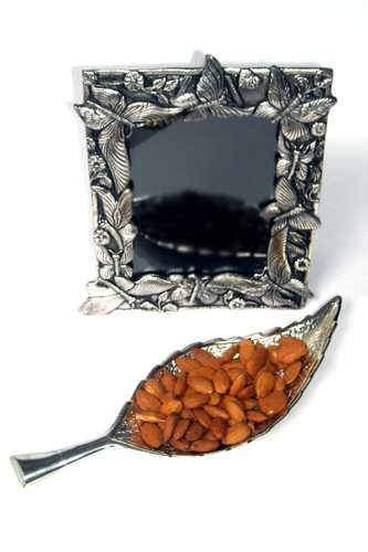 Silver Tray, Dry Fruits & Photo Frame