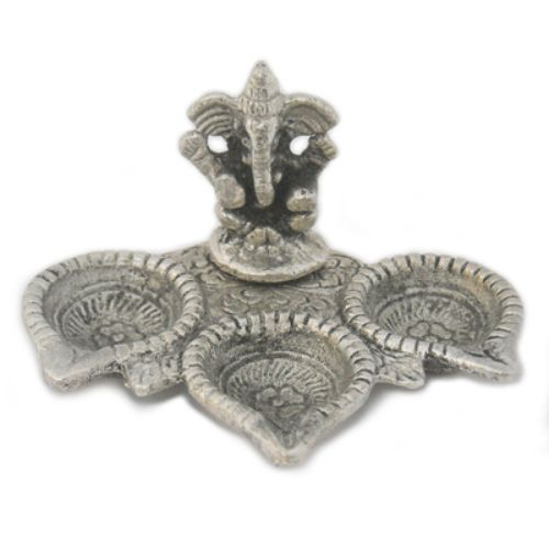 White Metal Lord Ganesha Teen Diya
