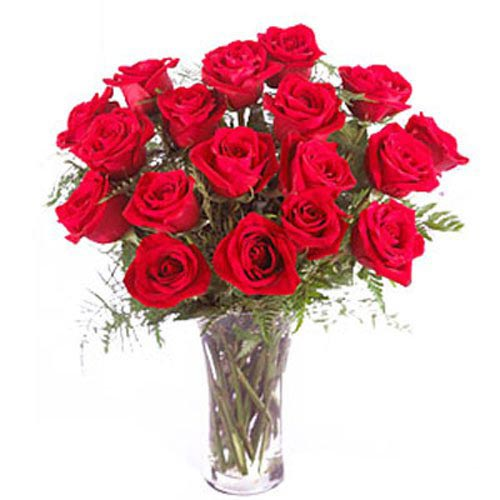18 Red Roses In Vase - Spain Delivery Only