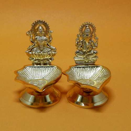 Small Ganesh & Lakshmi With Diya