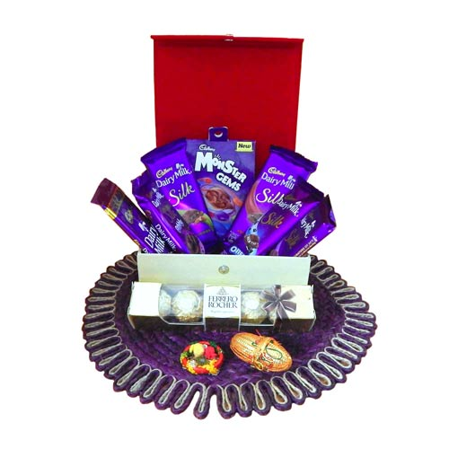 Chocolate Hamper With Box - USA Delivery Only