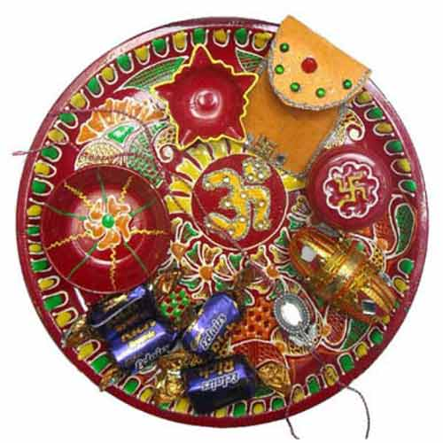 Om Puja Thali With Ecliars Rich Toffee