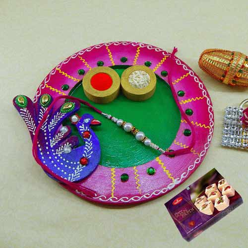Exclusive wooden Puja thali with Soan Papdi 250grm - UAE Only