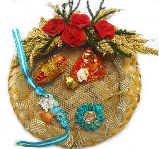 Cane Rakhi Puja Thali with Fancy & Kiddy Rakhi