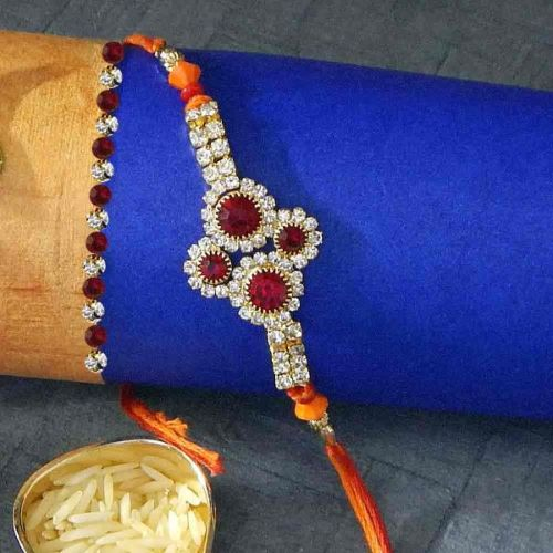 Heartfelt Floral Rakhi Thread