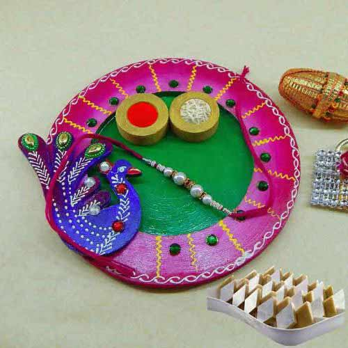 Exclusive wooden Puja thali with Kaju Barfi 200 grm.
