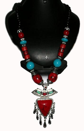 Fancy Necklace With Pendant - 2
